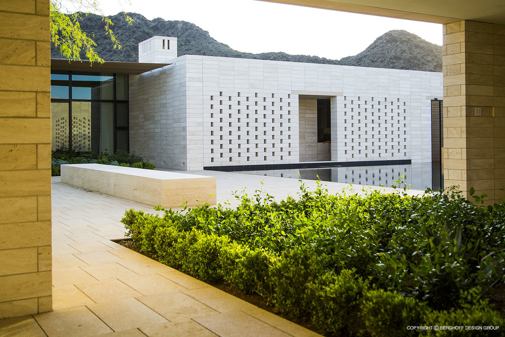 Modern-Paradise-Valley-2014-03.jpg
