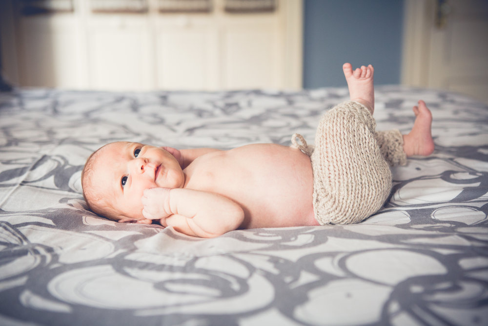 Rochester_NY_Lifestyle_Newborn_Photographer-31.jpg