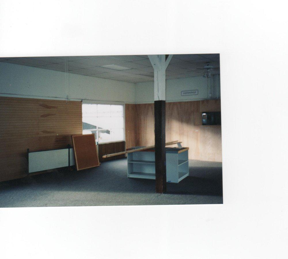 061.jpg