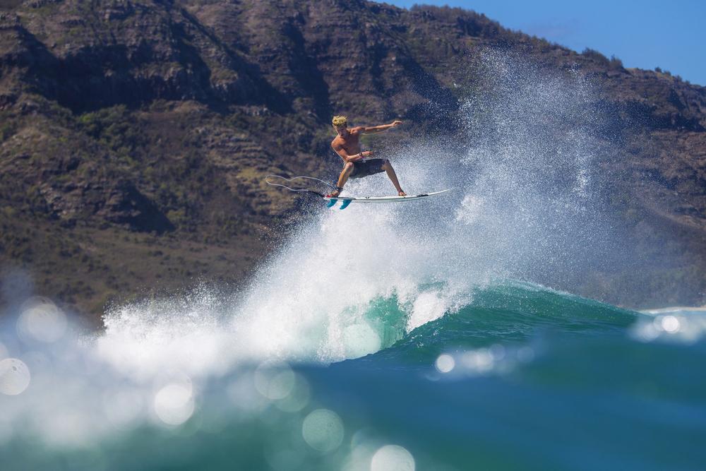 surfers024.JPG