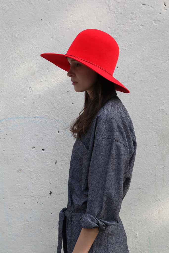 Beautiful Dreamers has some of the most beautiful luxury items.  I am coveting this bright cherry dome hat.