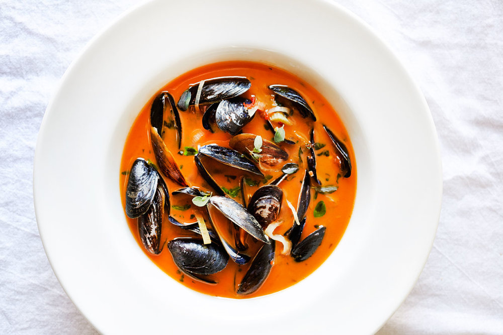 Mussels with Fennel, Marjoram & Tomato Jam Broth (GF)