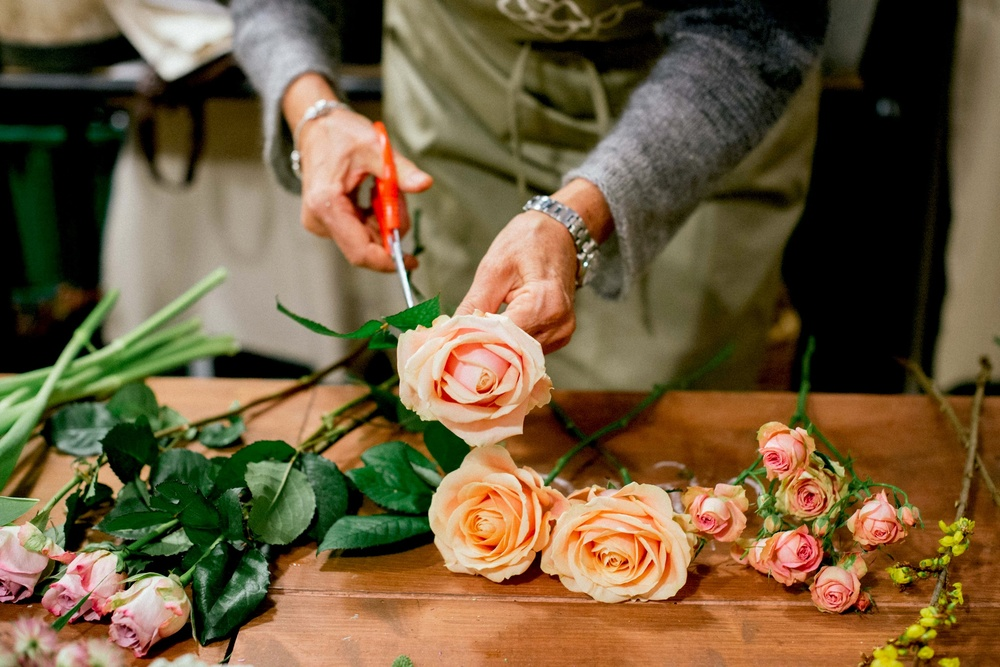Burnetts Boards | Bouquet Workshop in Florence