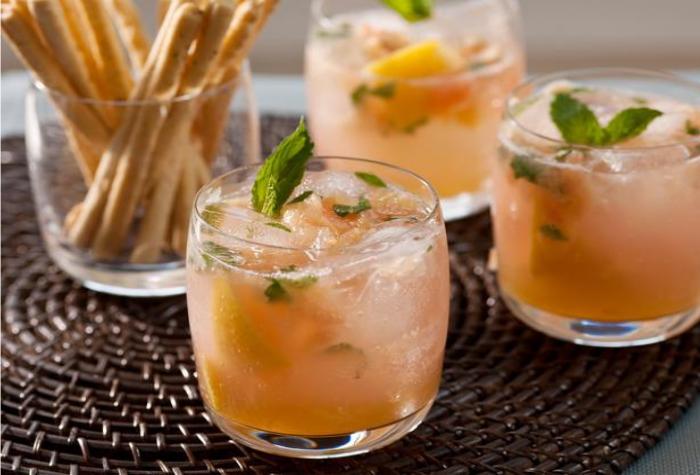 Grapefruit Mojito Mocktail by HGTV