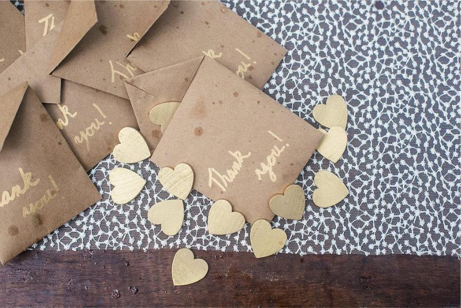 gold heart wedding favors