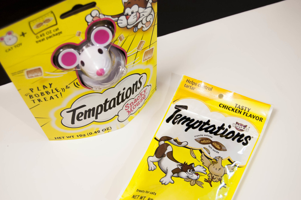 Temptations Cat Treats 1.jpg