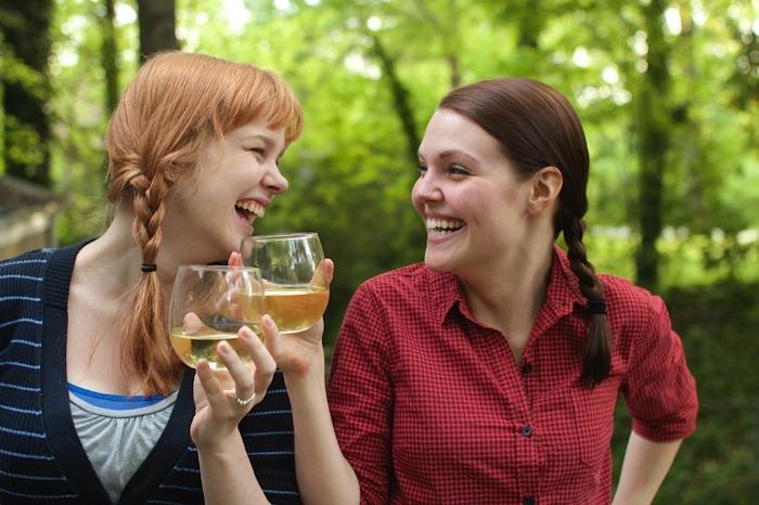 Wine Wednesdays in PJs: Crispy Chicken + Chardonnay - Paper Swallow Events