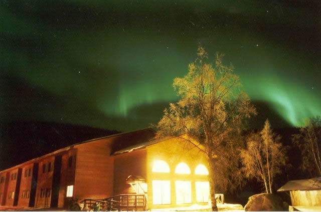 2aurora over moose lodge.jpg