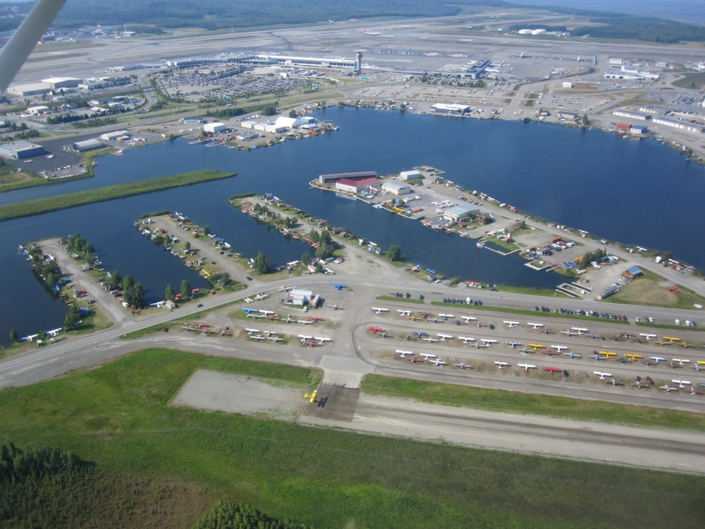 Lake_Hood_Seaplane_Base_and_Gravel_Strip.jpg