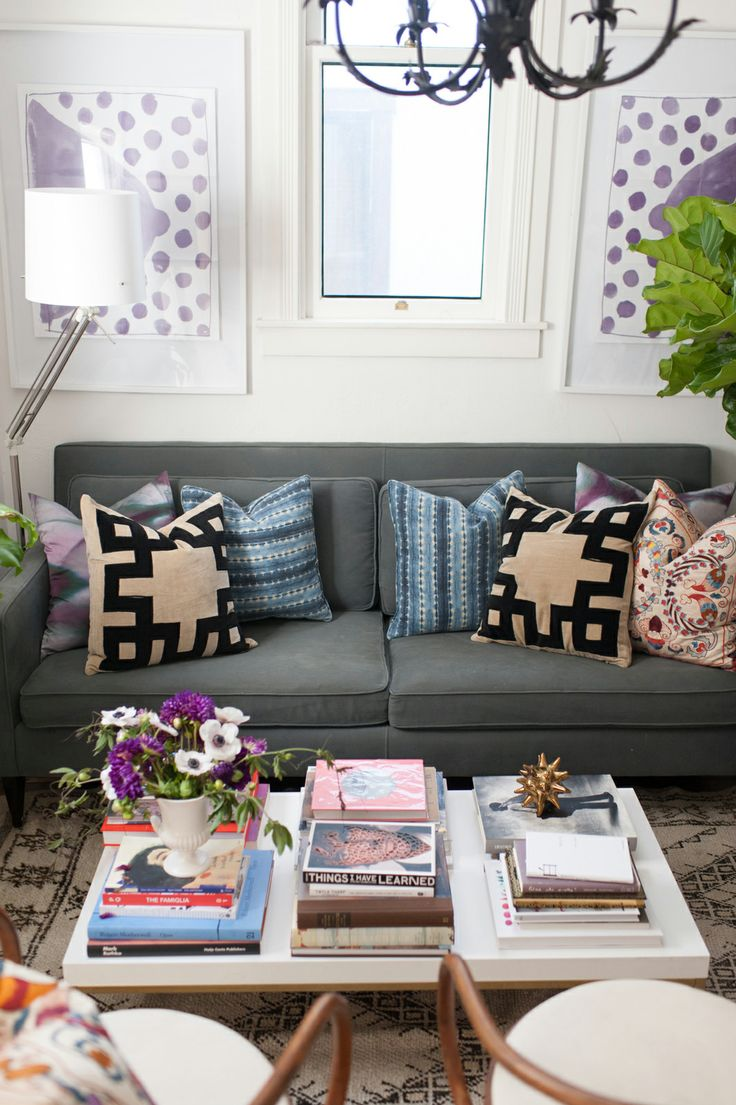 -via refinery29.com /  Oh Happy Day's  Jordan Ferney's SF apartment.