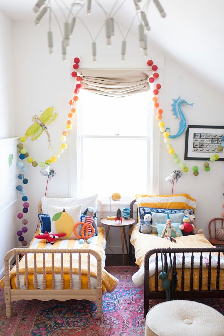 -via refinery29.com /  Oh Happy Day  blogger, Jordan Ferney's TWO kids shared this tiny, but awesome bedroom in San Francisco!  Absolutely adorable and lacking nothing.