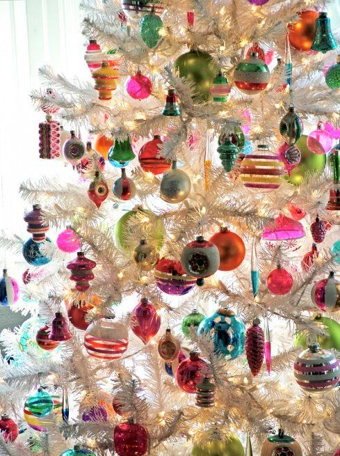 via The Pink Pagoda - who knew a fake white tree and a bunch of store-bought ornaments could look so happy and fabulous?
