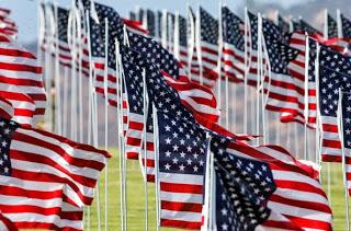 9+11+American+Flag+Tribute+Malibu+zUrYu7-eZdul.jpg