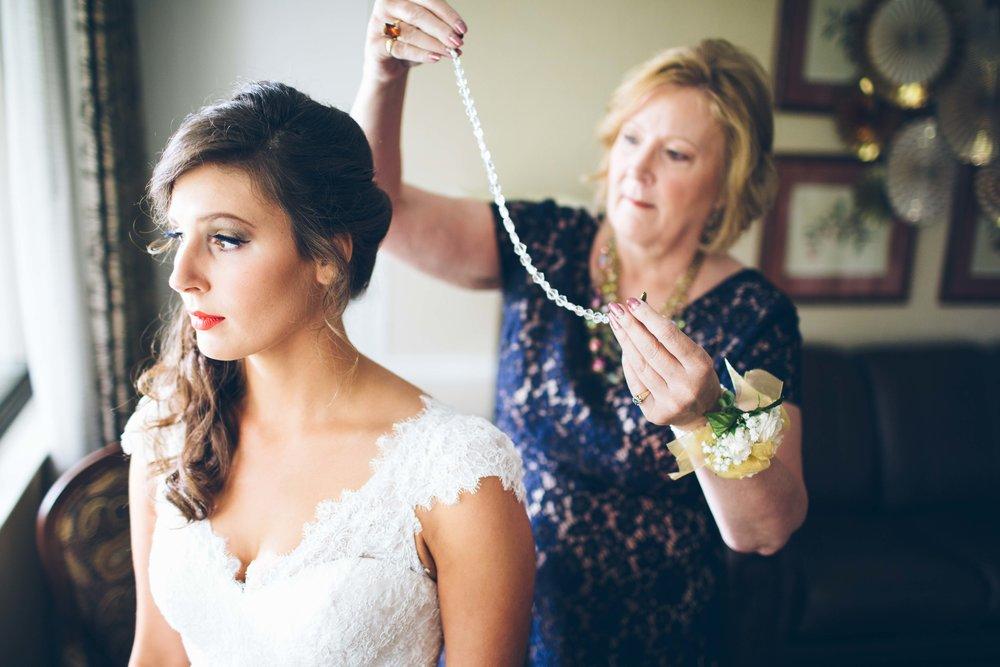 http://www.aarenlee.com/blog/2016/10/5/allison-anthony-greyrock-mansion-md-philadelphia-wedding-photographer