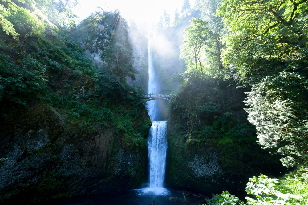 Multnomah Falls Portland Oregon By Lisa Linh Lisa Linh