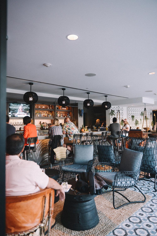 Pacific Hideaway - Restaurant