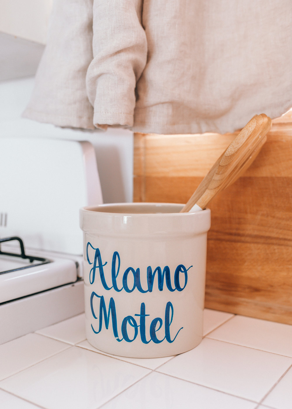 alamo-motel-by-lisa-linh