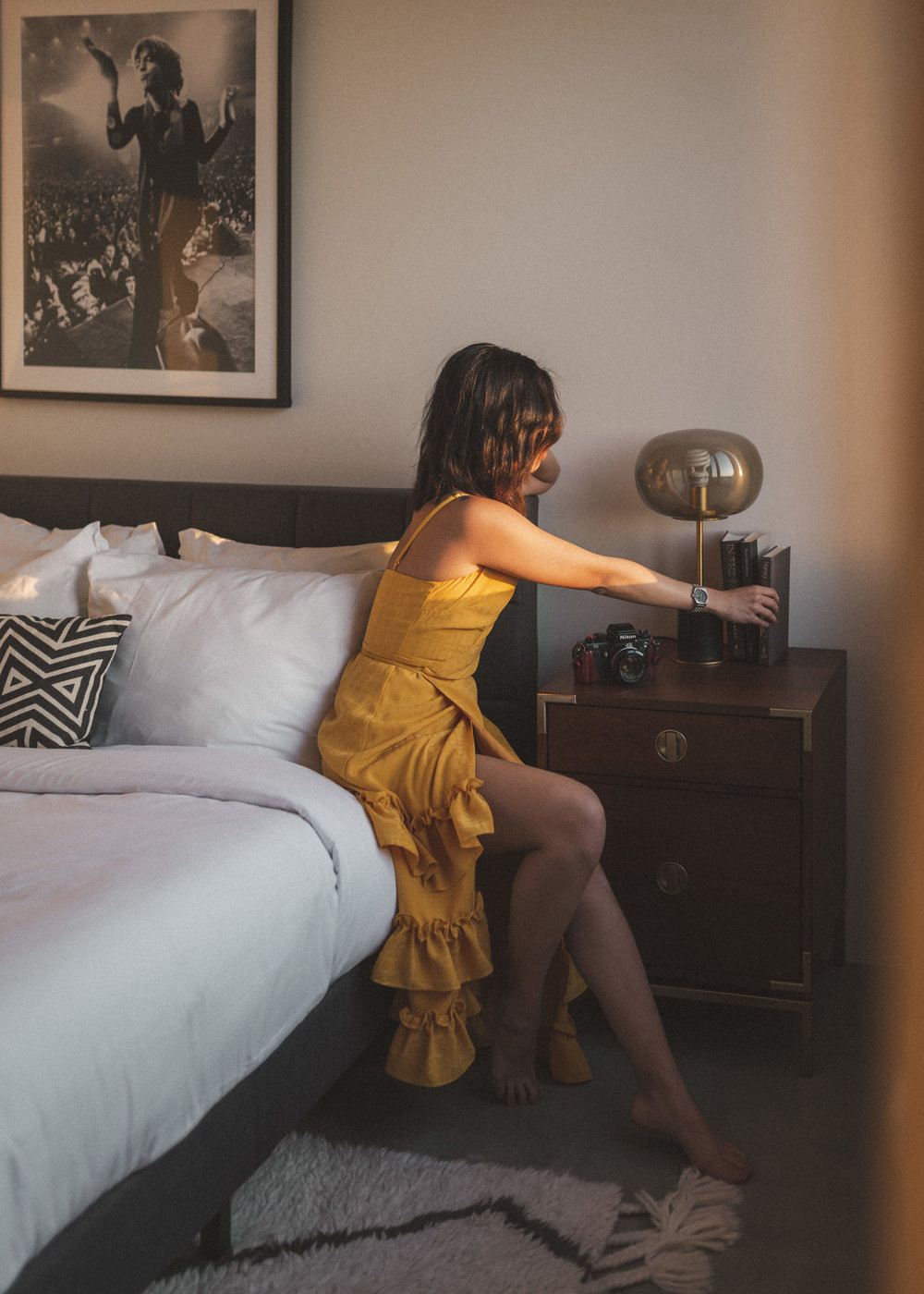 how-to-get-a-complimentary-hotel-stay-as-a-blogger-by-lisa-linh