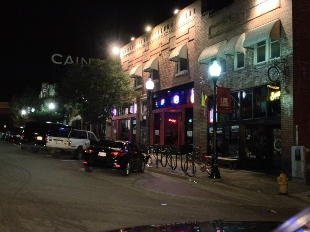 Tulsa, Oklahoma Bar Scene.