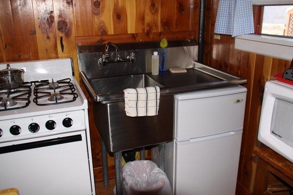 Suite - kitchen (n/a in summer)