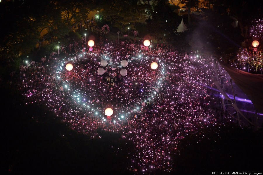 The giant heart, to simply ask Singaporeans to have bigger hearts.