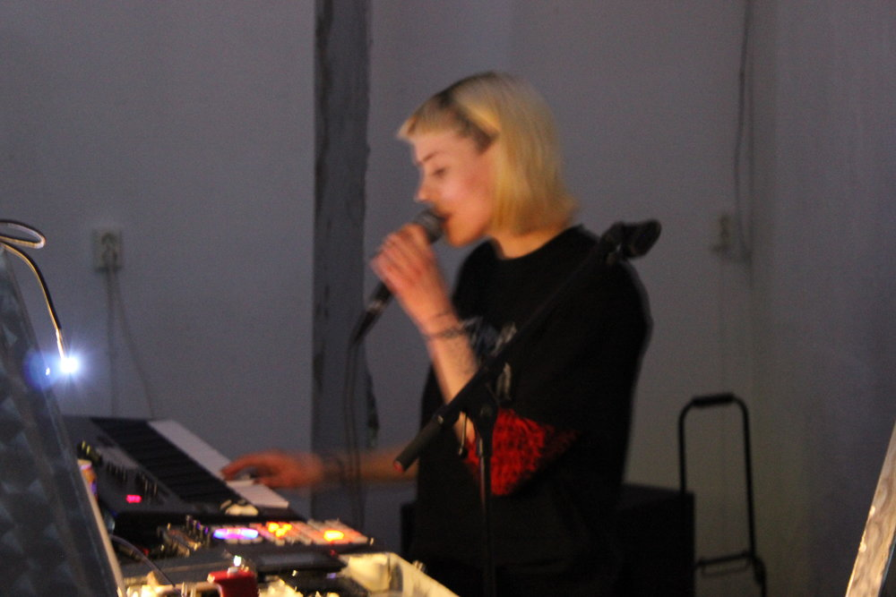 Tropical Vampire  opened the evening with her hypnotic vocals and experimental drone.
