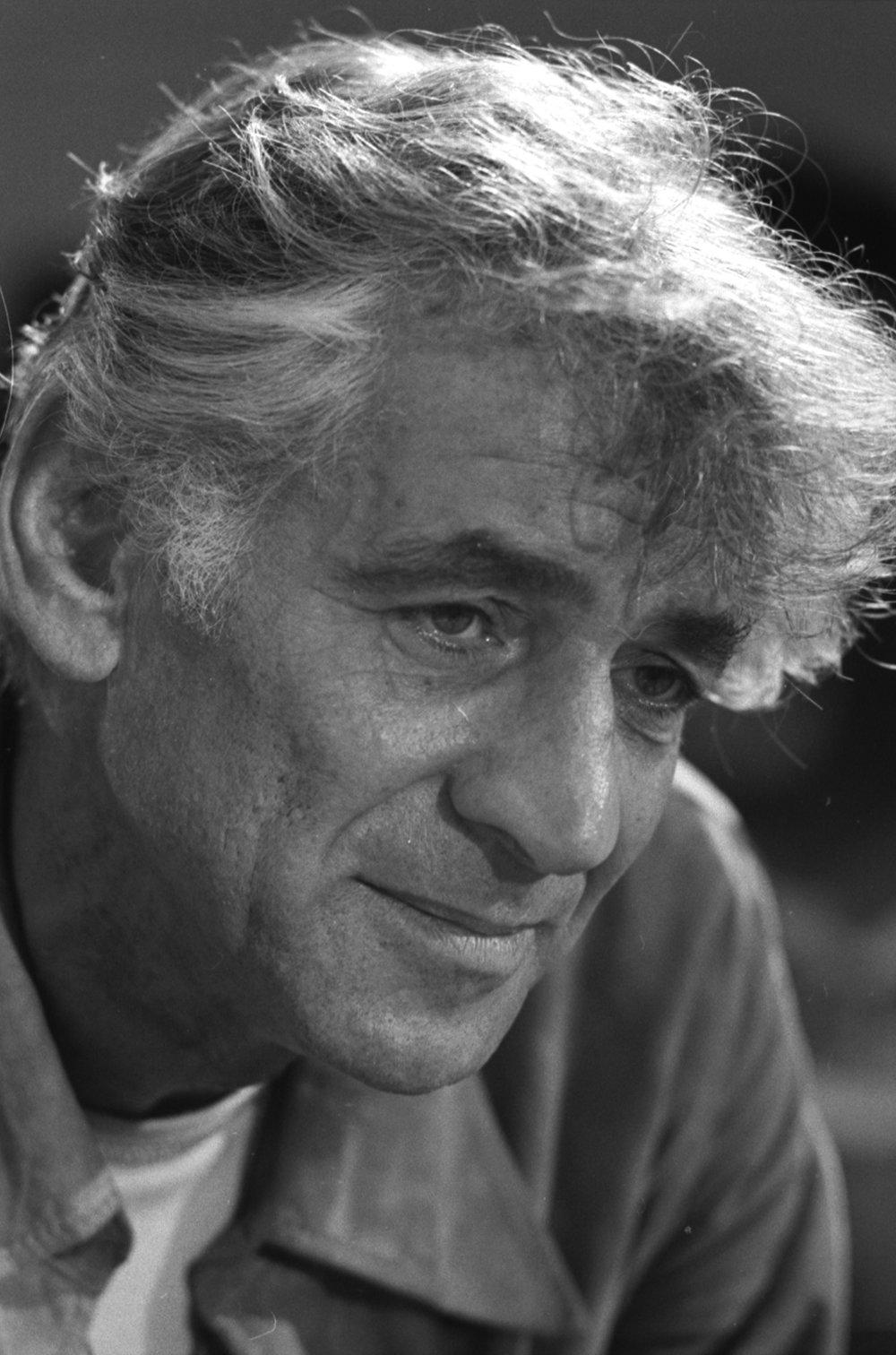 Leonard_Bernstein_1971.jpg