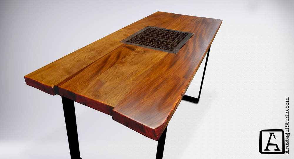 'Grate' desk- ©2015 Arostegui Studio