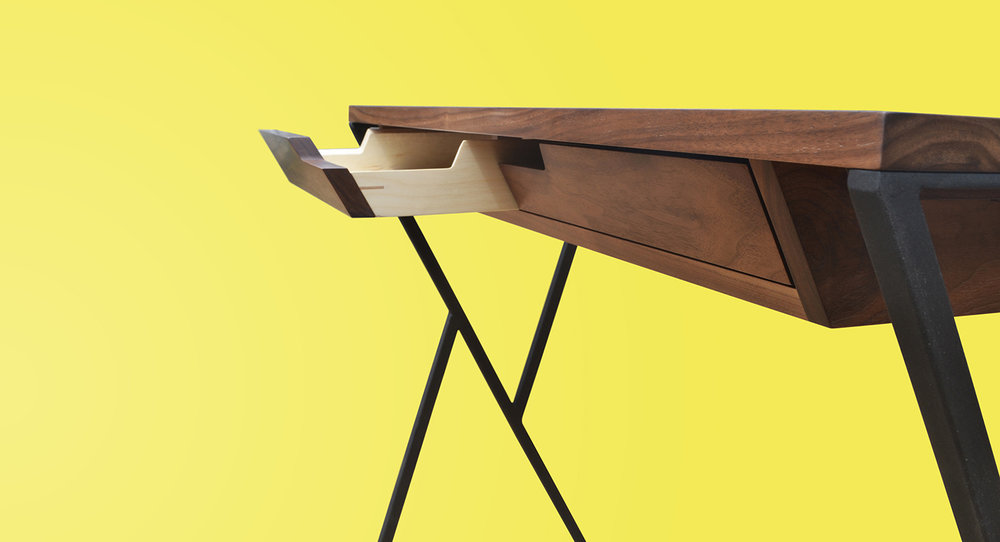YK desk - Tables