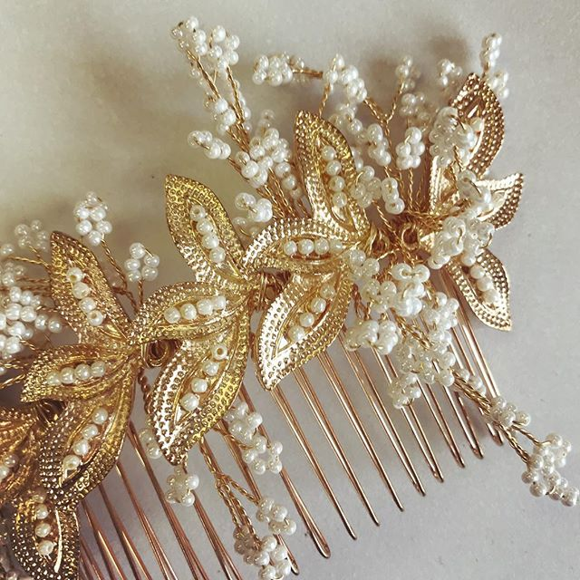 Ooh la la! Get ready to start seeing some sneak peeks of our newest collection!! ⠀⠀⠀⠀⠀⠀⠀⠀ ⠀ ⠀⠀⠀⠀⠀⠀⠀⠀⠀⠀⠀⠀⠀⠀⠀⠀⠀⠀⠀⠀⠀⠀⠀⠀⠀⠀⠀⠀⠀ This little love is a gold comb with tiny seed bead pearl accents that we are totally loving right now! ⠀⠀⠀⠀⠀⠀⠀⠀ ⠀ ⠀⠀⠀⠀⠀⠀⠀⠀⠀⠀⠀⠀⠀⠀⠀⠀⠀⠀⠀⠀⠀⠀⠀⠀⠀⠀⠀⠀⠀ ✨Can't wait to share more with you ✨