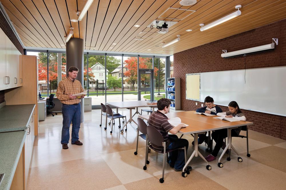 Bishop-10a-Classroom.jpg