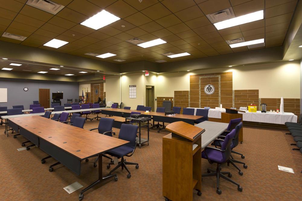Navajo Justice-TC_27_int lrg court rm.jpg