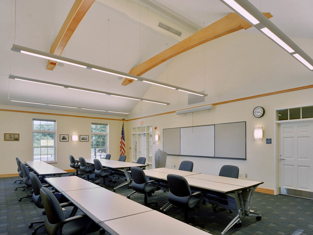 clinton-04-lecture room.jpg