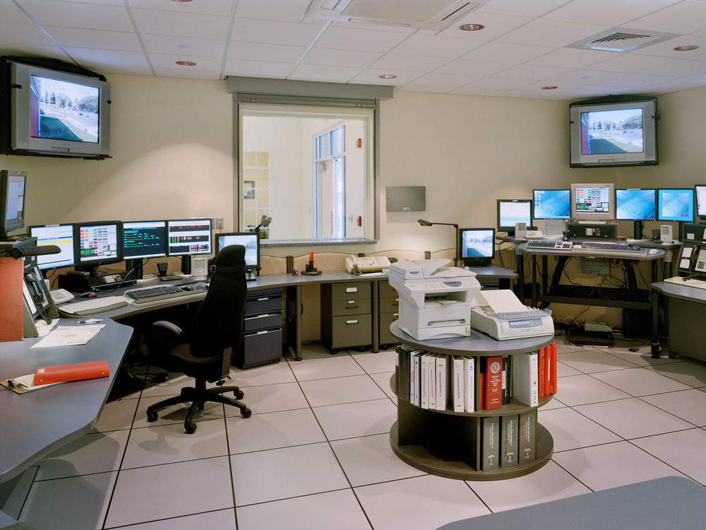clinton-03-control room.jpg