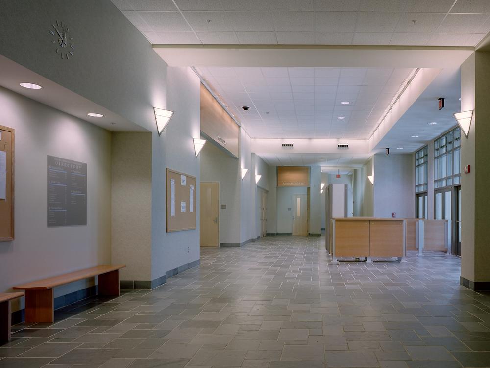 WtbyCourt-23-lobby.jpg