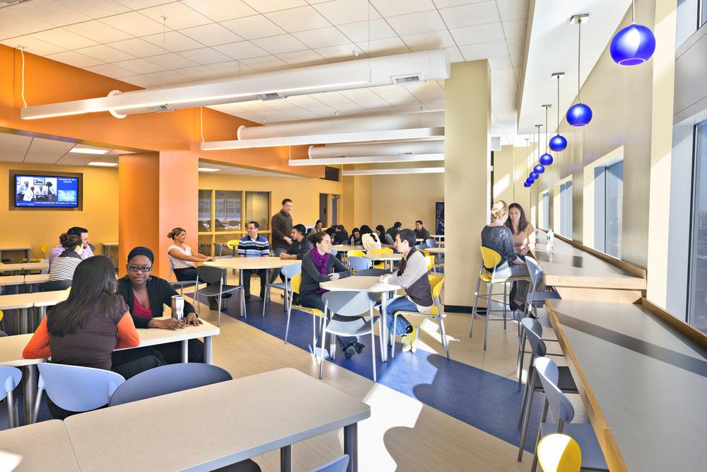 USJ Pharm_09_int cafeteria.jpg