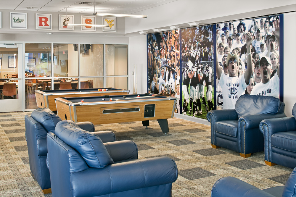 UConnFB_31-Players Lounge.jpg