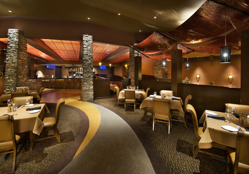 DesertDiamond_InRestaurantSeating.jpg