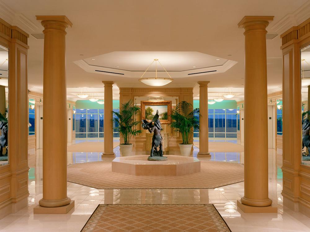 Fox-34-spa lobby.jpg
