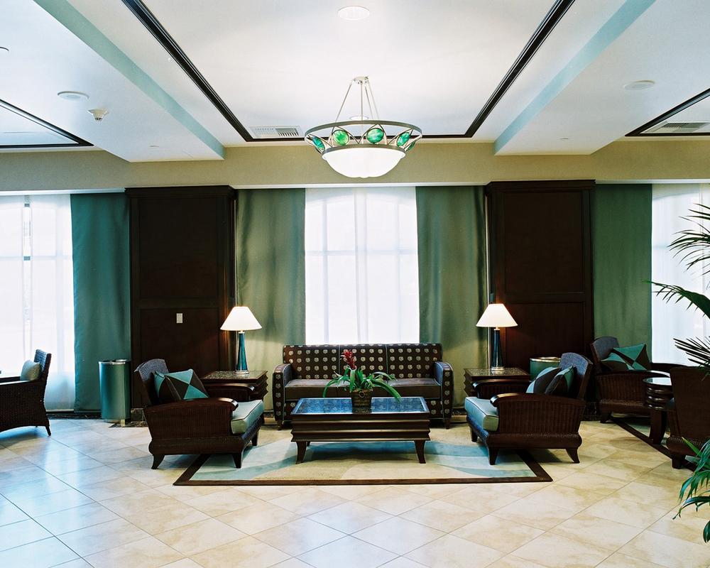 chumash_03_lobby seating.jpg