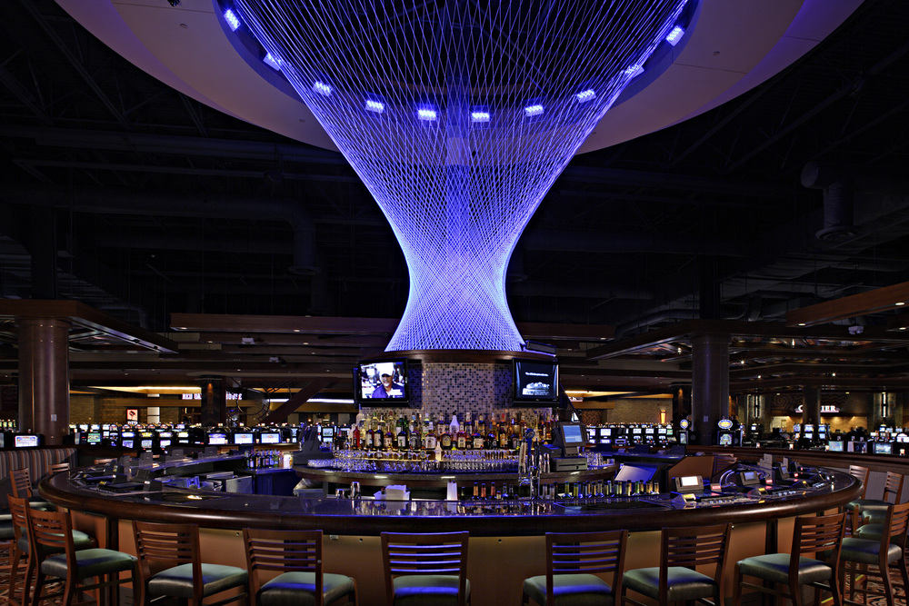 DownstreamCasino_12_Bar.jpg