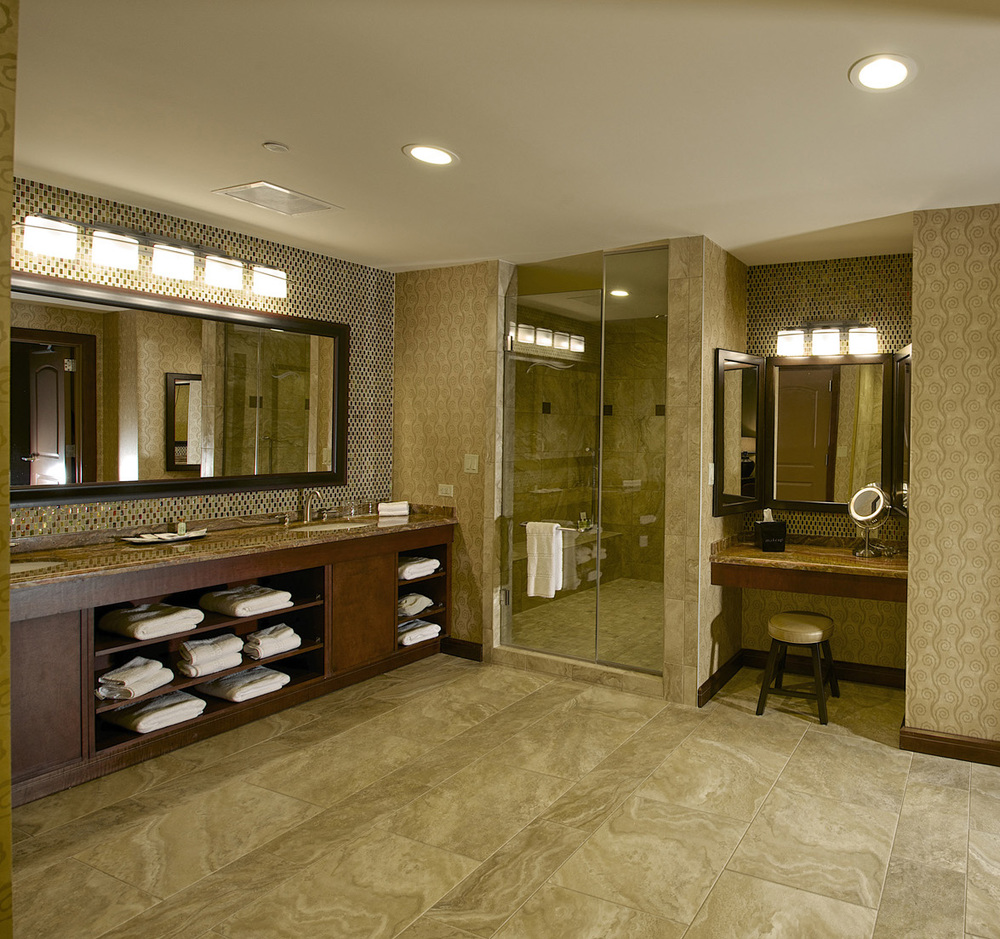 DownstreamCasinoPH2_20_guest bath-cropped.jpg