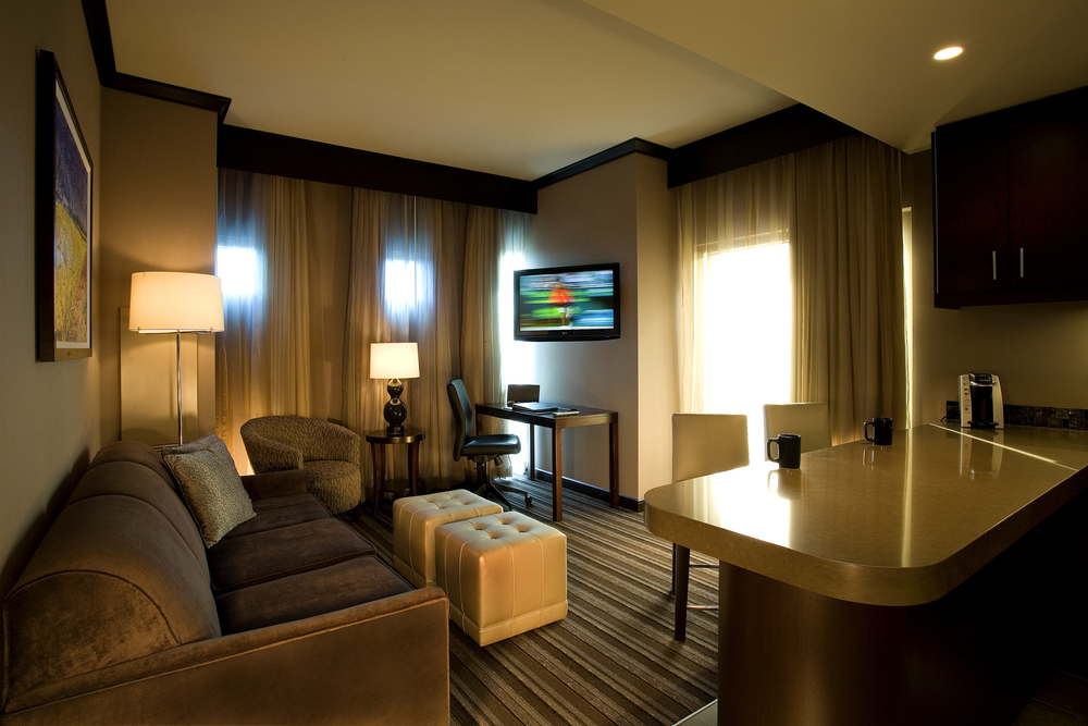 WHP-28 Hotelroom-Suite.jpg