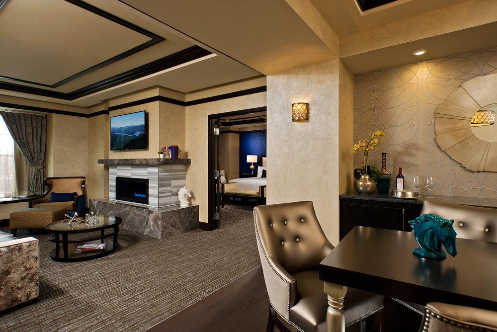 Saratoga Hotel_20.jpg