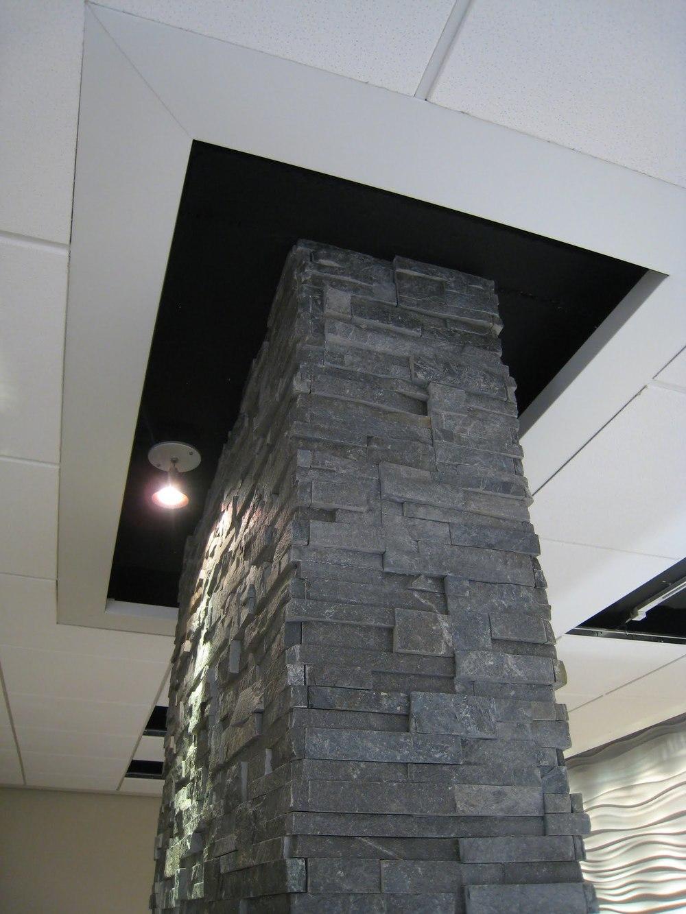 kodner jeweler stone column ceiling termination.jpg
