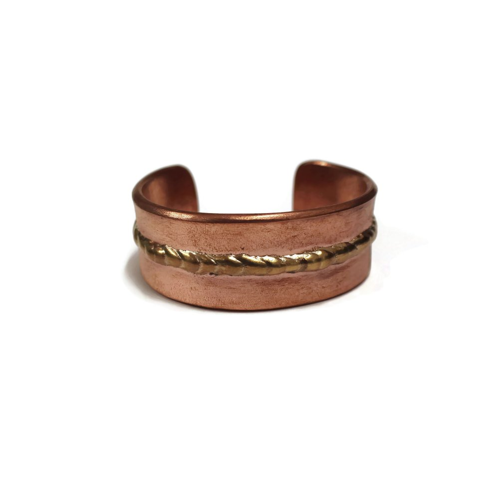 Mens' jewelry -