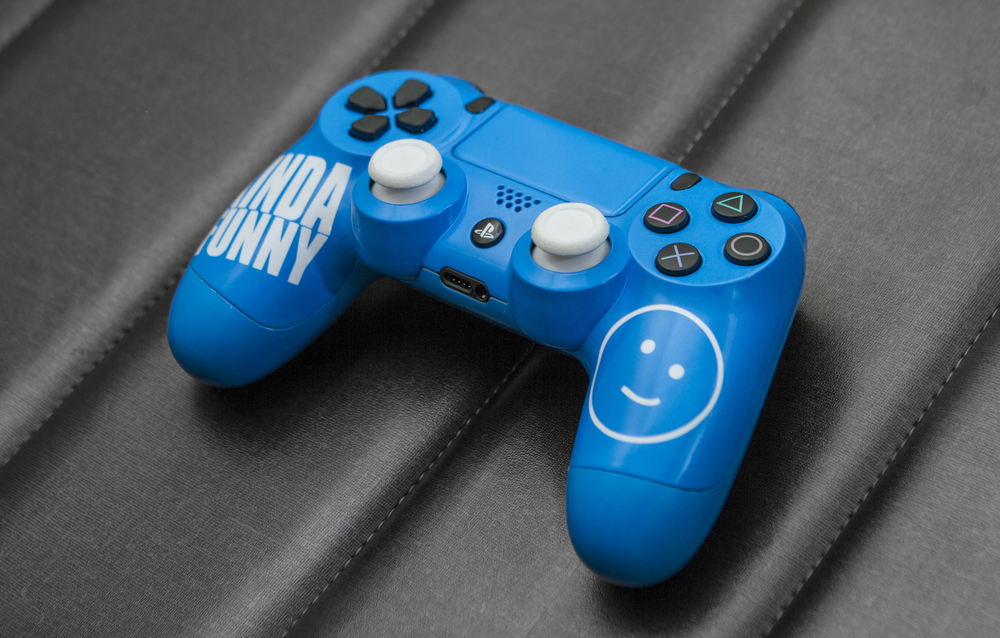 kindafunny custom ps4 controller