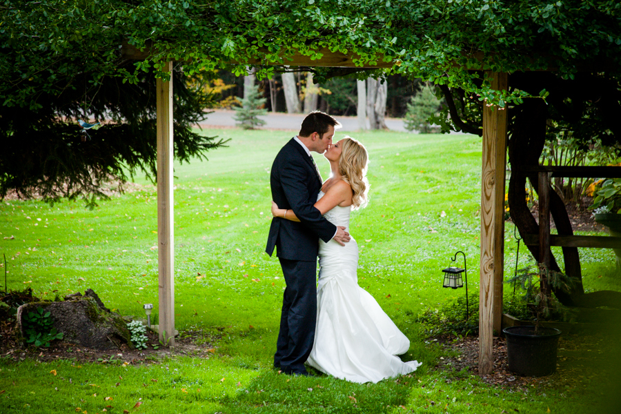 Bride-Groom-Tree-Awning-Photograph