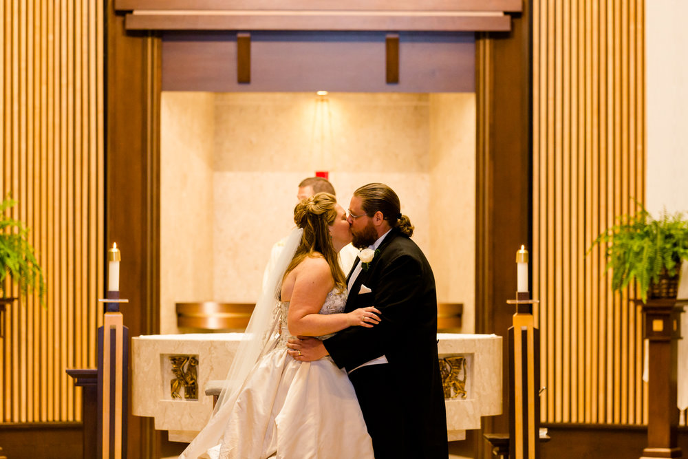 Lakeshore_Wedding_Syracuse_NY (19 of 57).jpg