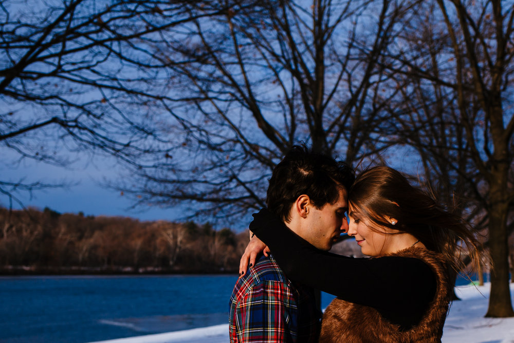 Philadelphia_Winter_Engagement_Session-11.jpg